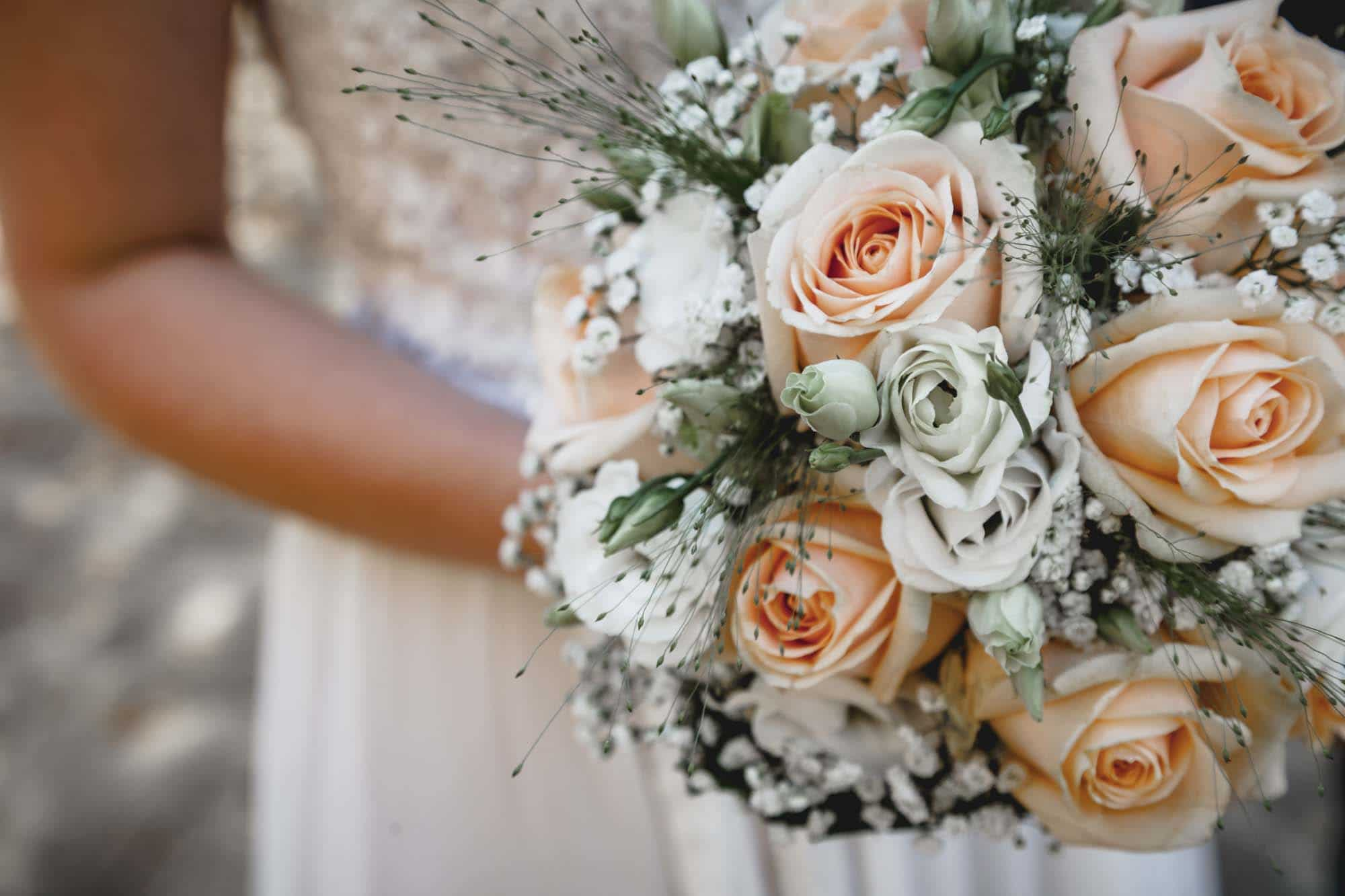 Hochzeitsfotograf Berlin Köpenick Erkner Grünheide Blumenstrauß
